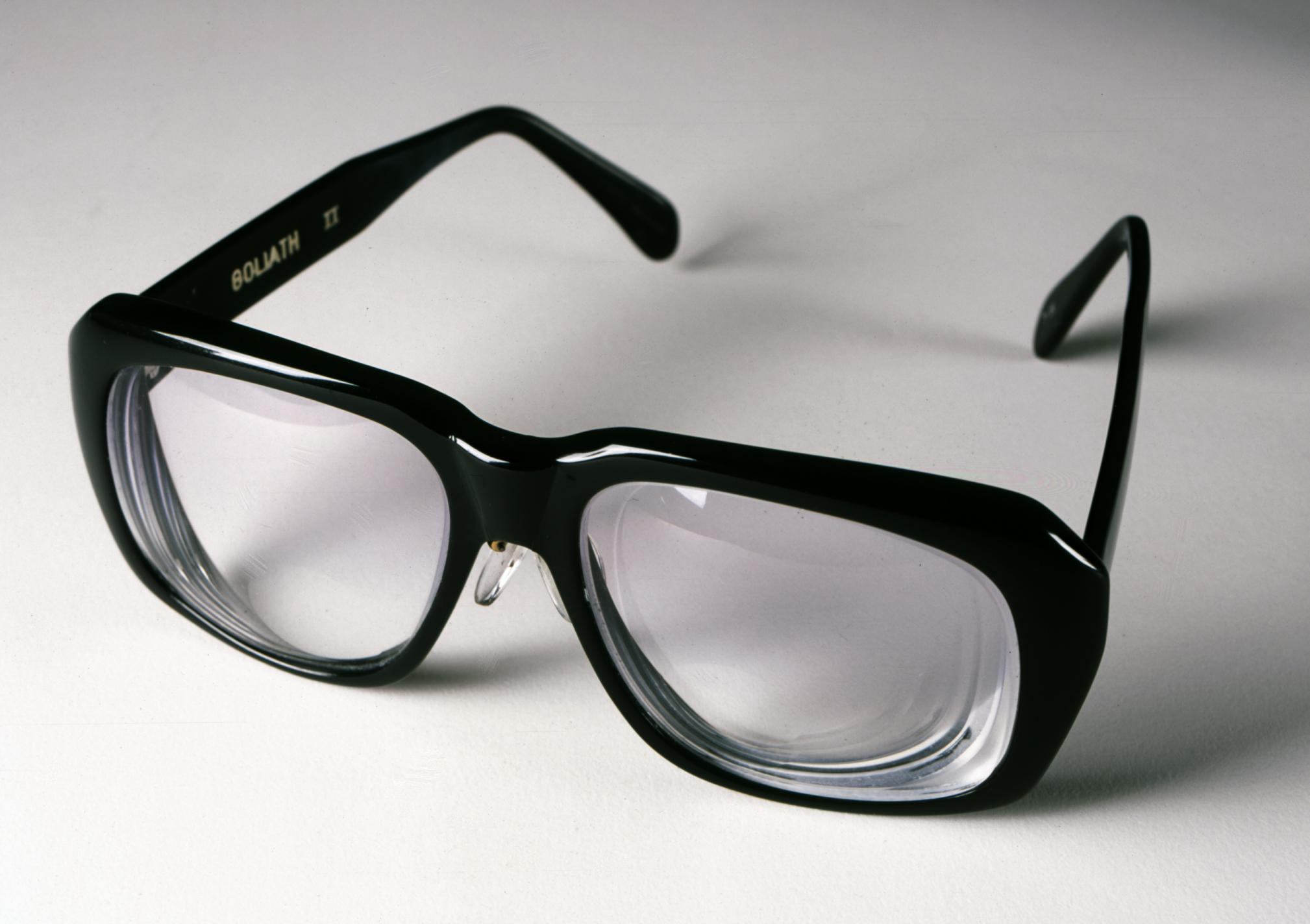 Цилиндрические очки картинки