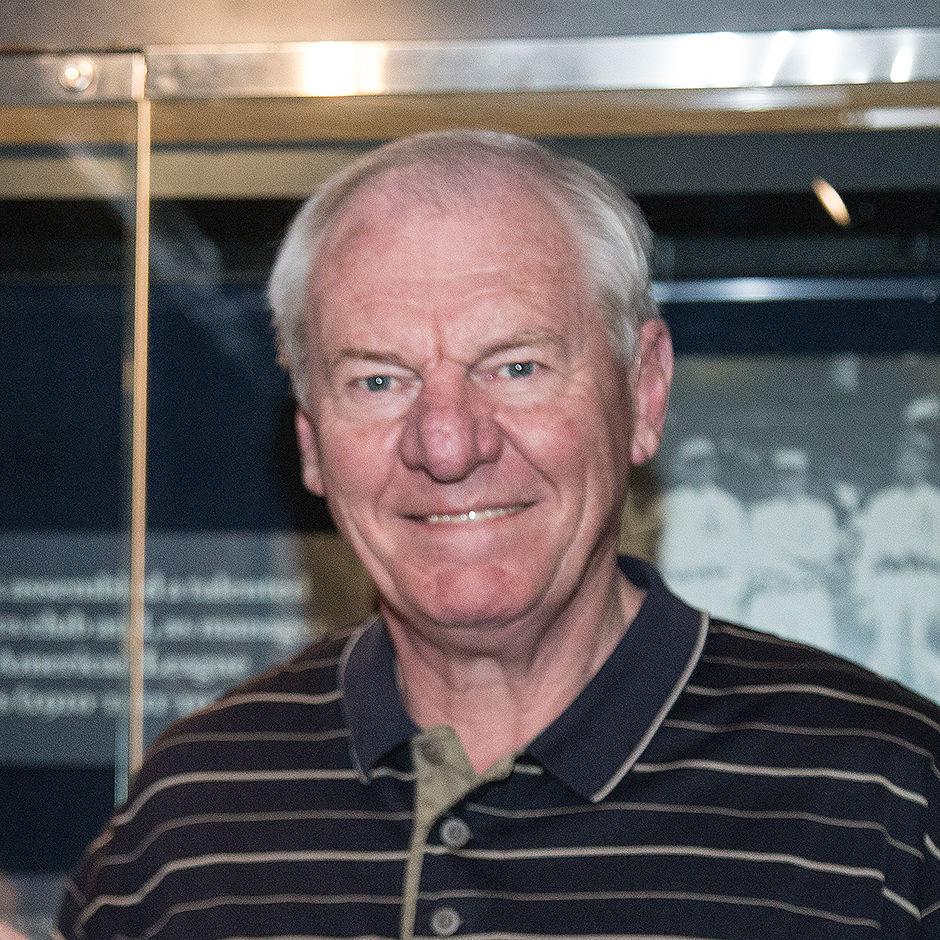 Hoop Hall legend Dan Issel visits Cooperstown