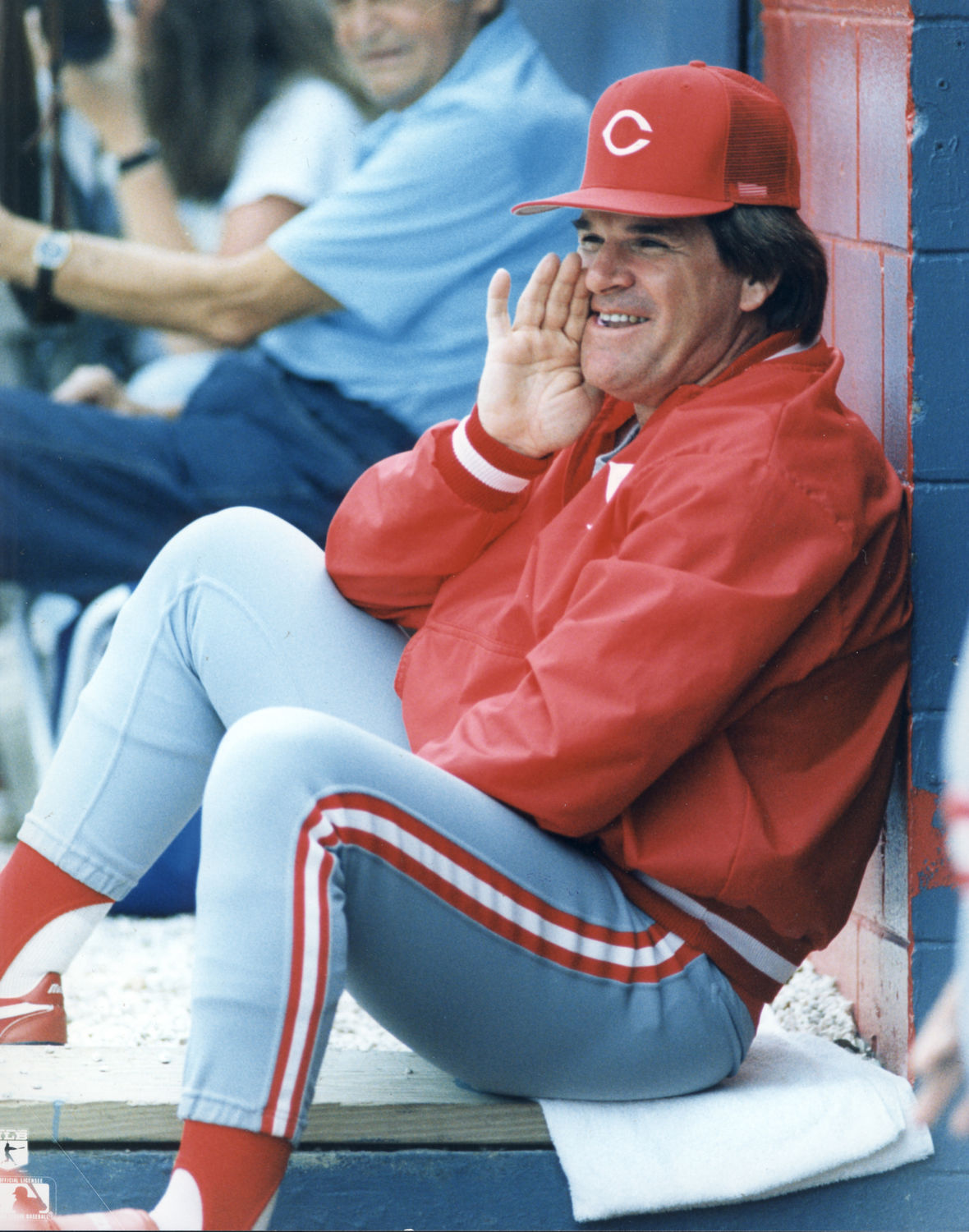 pete rose should be allowed into Pete rose will not be honored by phillies on wall of fame after  the reds  inducted rose into their wall of fame in 2016 and he was allowed.