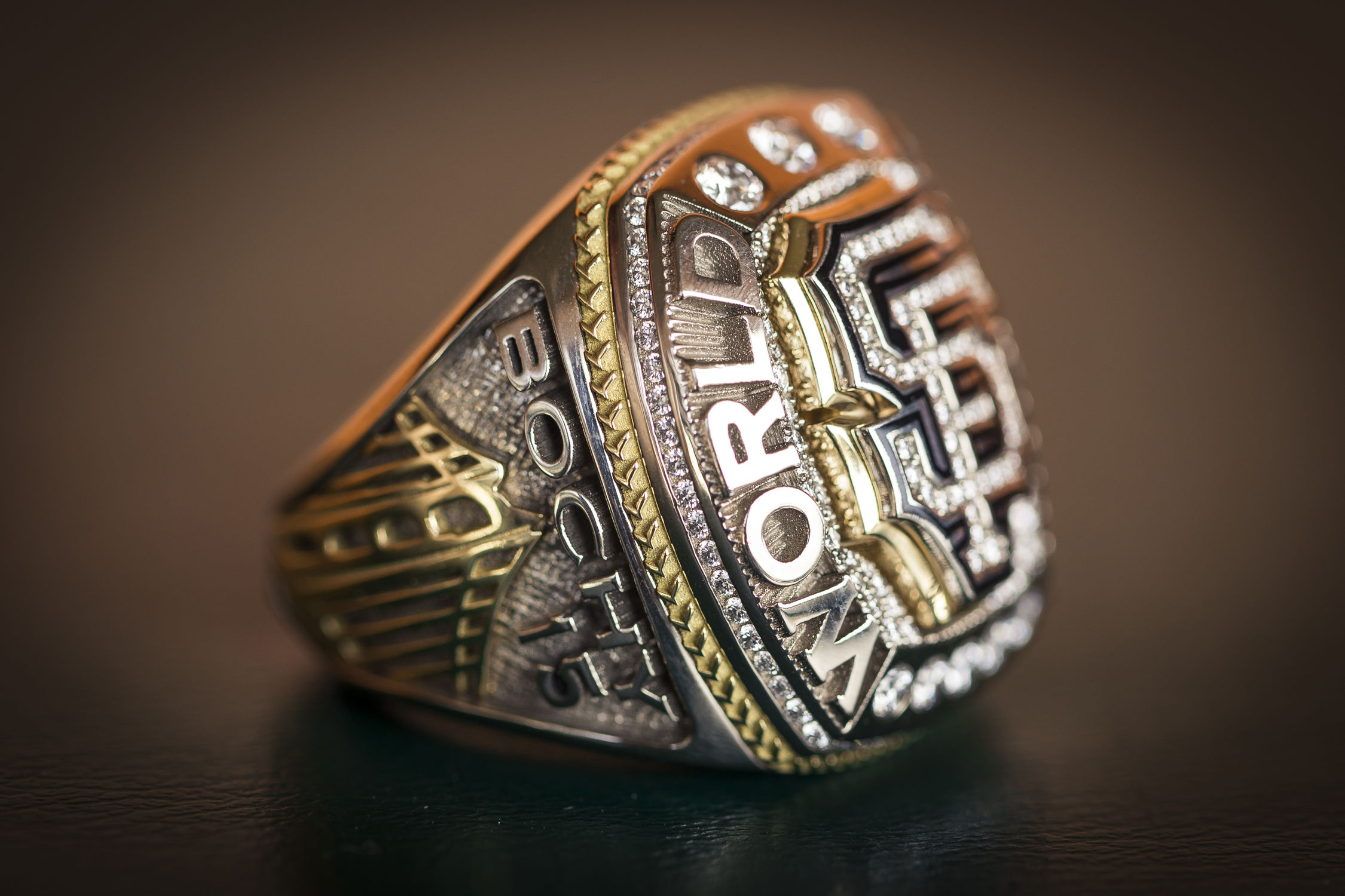 9caa688c3f8 Giants manager Bruce Bochy s 2014 championship ring - K5T1914 (Jean Fruth    National Baseball Hall of Fame Library)