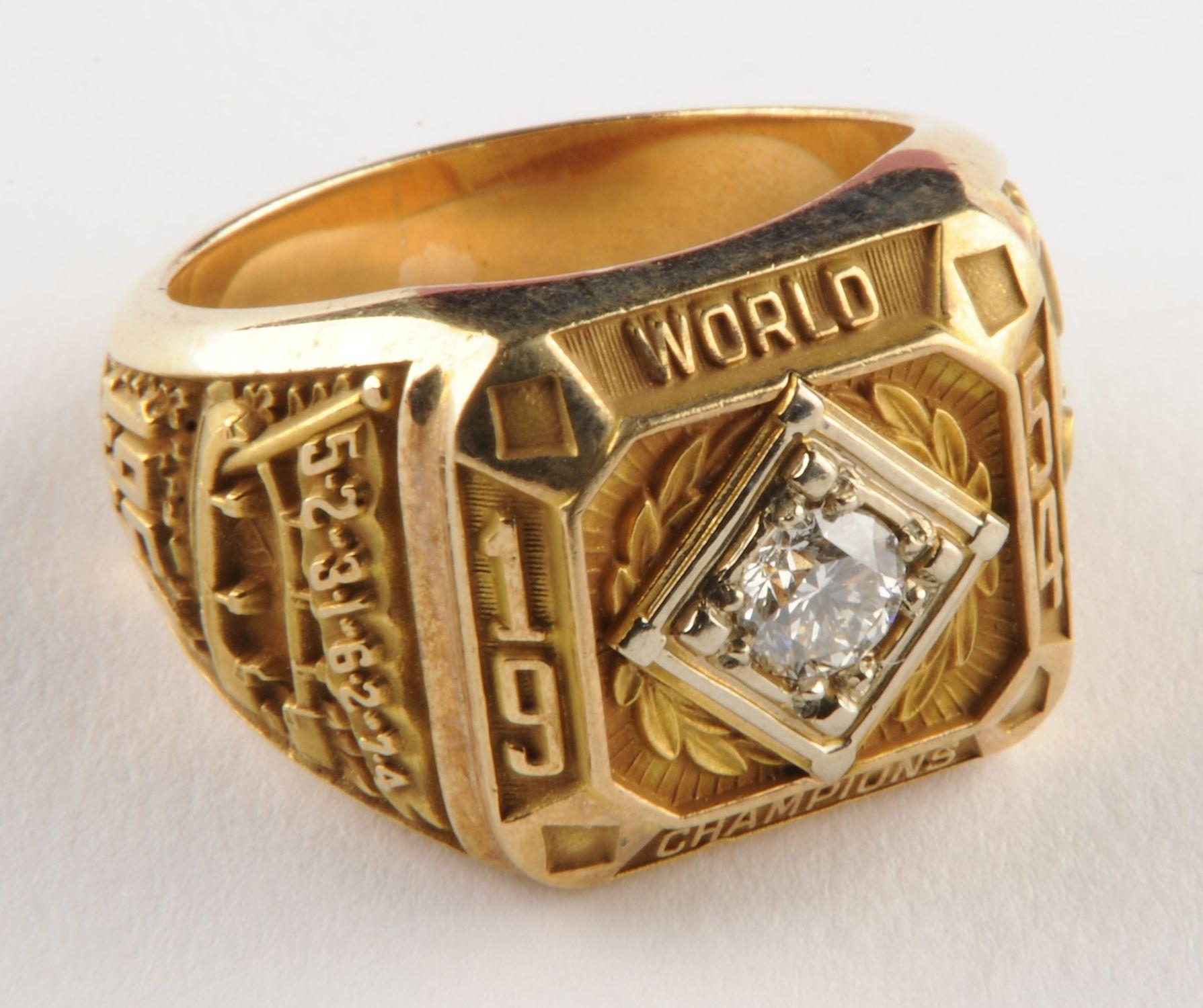 12f56ddc154 New York Giants 1954 Championship ring- B-68.55 (Milo Stewart