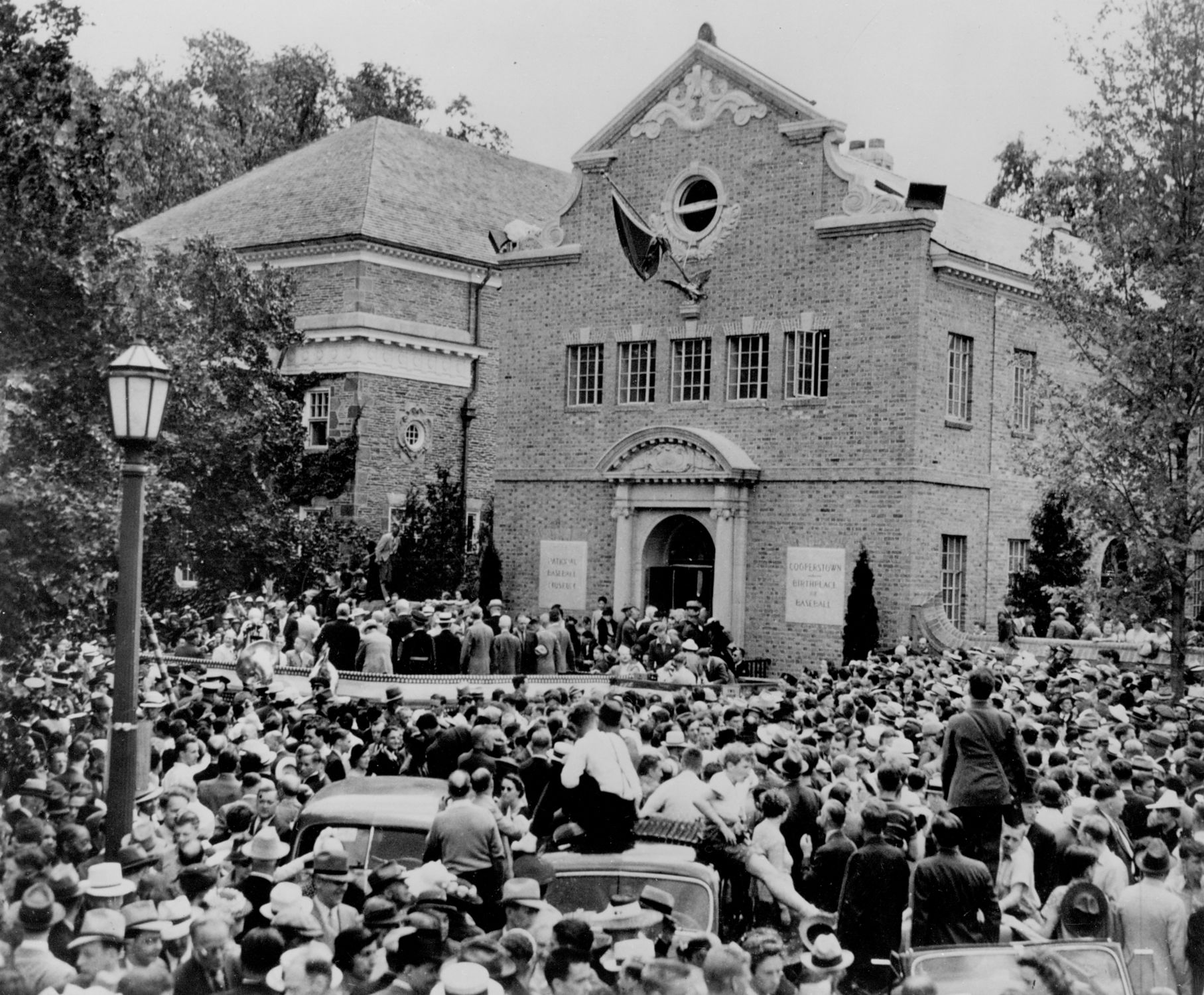 The baseball world dedicates the National Baseball Hall of Fame and Museum,  June 12, 1939 - BL-2535-89 (National Baseball Hall of Fame Library)
