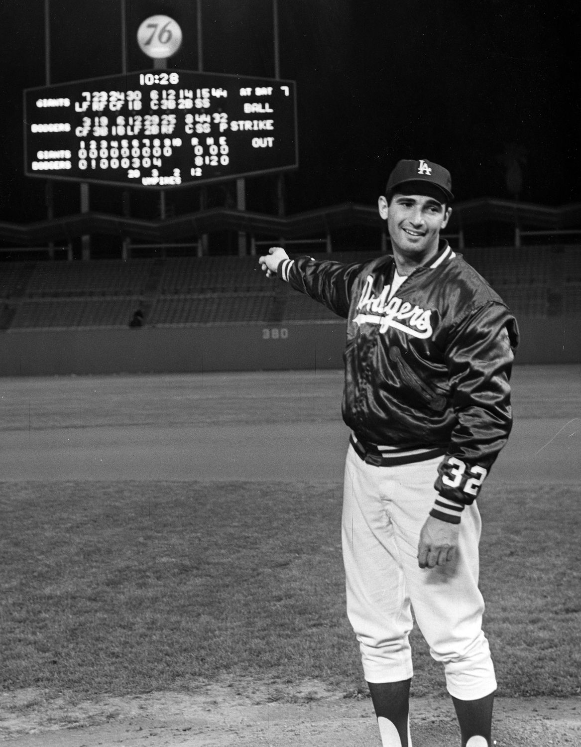 Sandy Koufax points toward the scoreboard following his second no-hitter  against the San Francisco Giants on May 11 dc67cf8e0