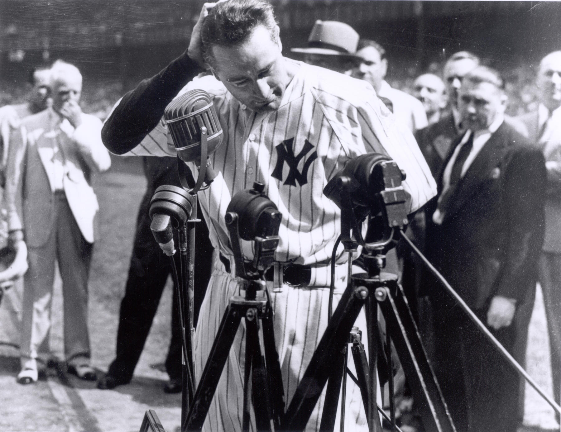 "Lou Gehrig delivering his ""Luckiest Man"" speech. BL-2830-98"