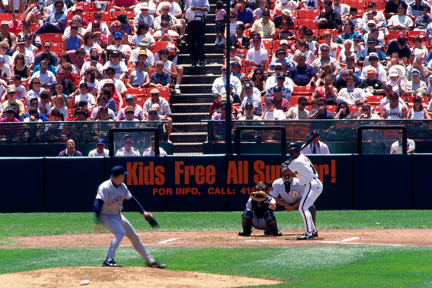 Glenallen Hill batting for the Giants during a game on July 1, 1995 at Candlestick Park. (Brad Mangin / National Baseball Hall of Fame)