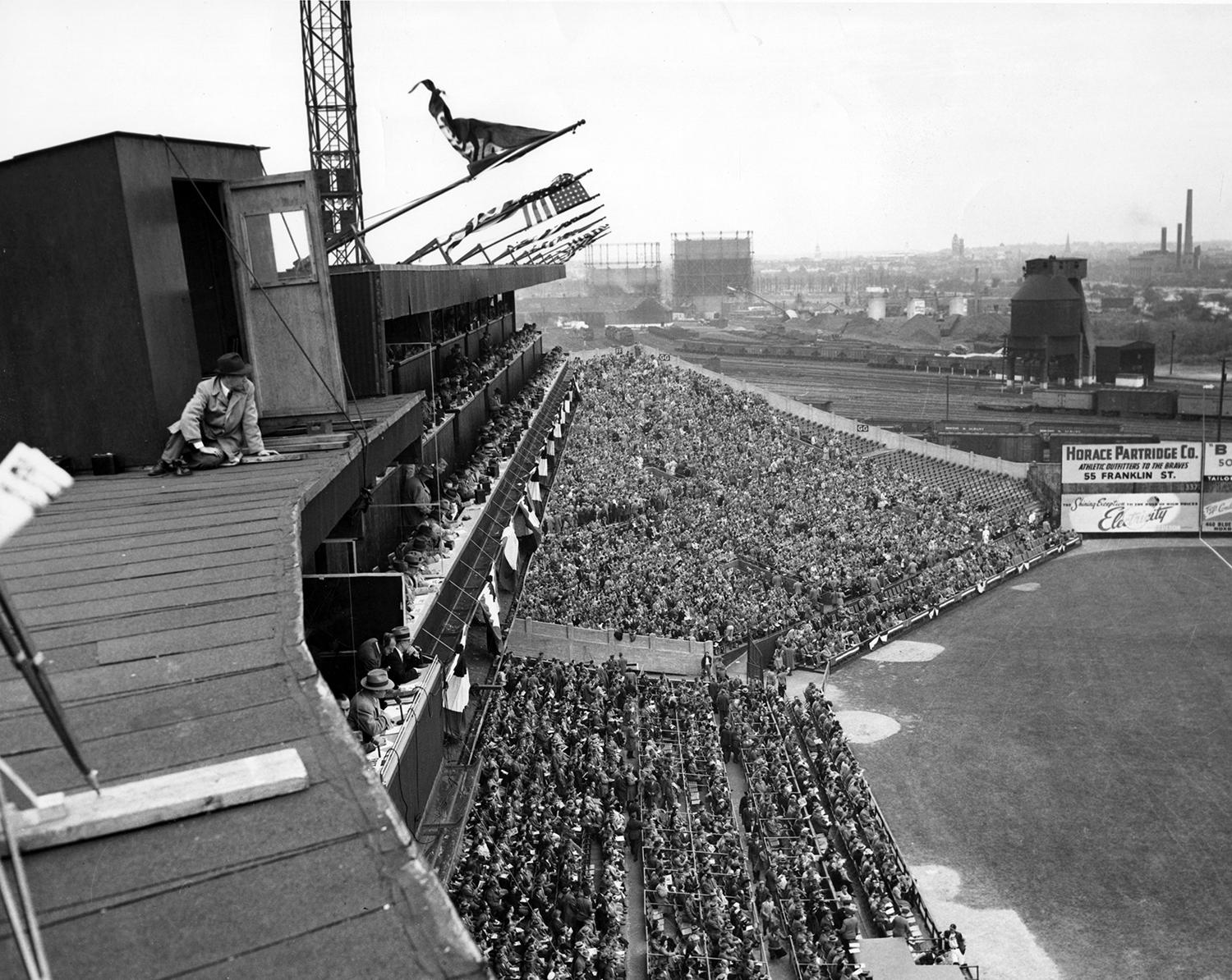 Due to its larger seating capacity than Fenway Park, the Red Sox rented Boston's Braves Field for the 1916 World Series. (National Baseball Hall of Fame)