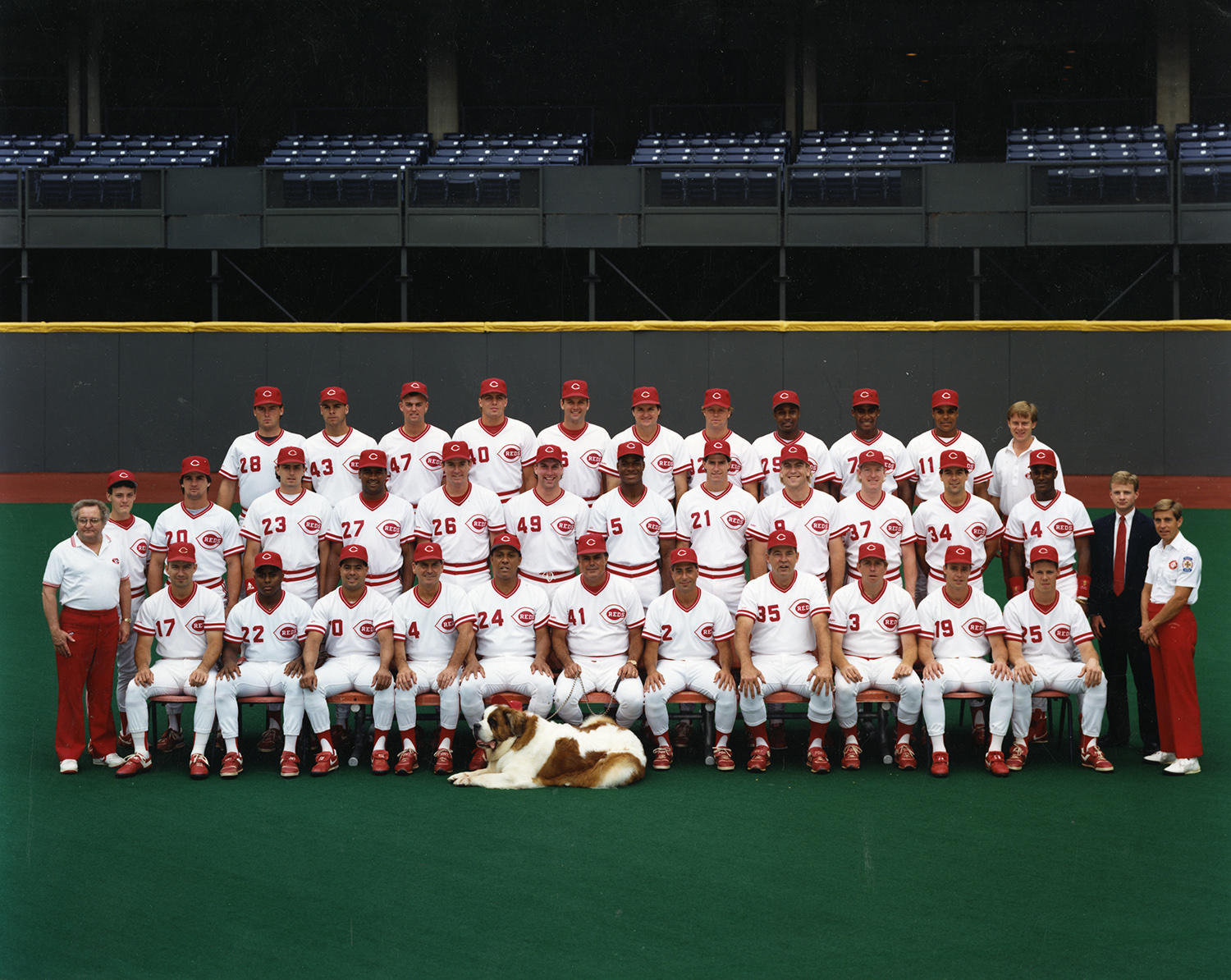 The 1990 Cincinnati Reds, pictured above, would go on to win the World Series title that year. (National Baseball Hall of Fame and Museum)