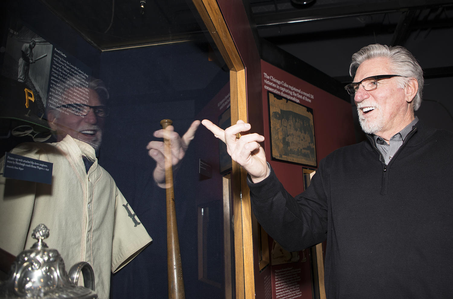 Hall of Famer Jack Morris looks at artifacts on the Museum's timeline during his Feb. 13 orientation tour. (Milo Stewart Jr./National Baseball Hall of Fame and Museum)