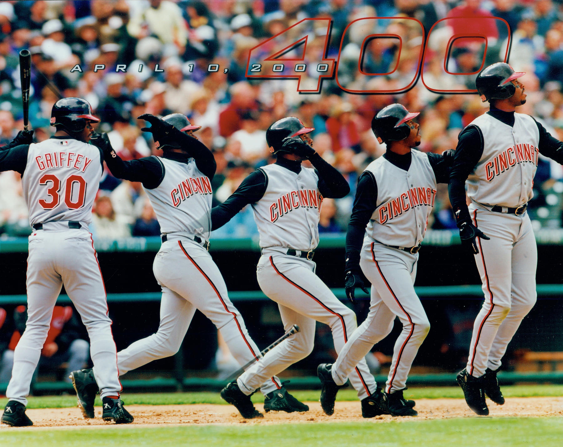 Hitting sequence of Ken Griffey Jr.'s 400th career home run. This was accomplished on April 10, 2000. BL-4246.2000 (PhotoFile / National Baseball Hall of Fame Library)