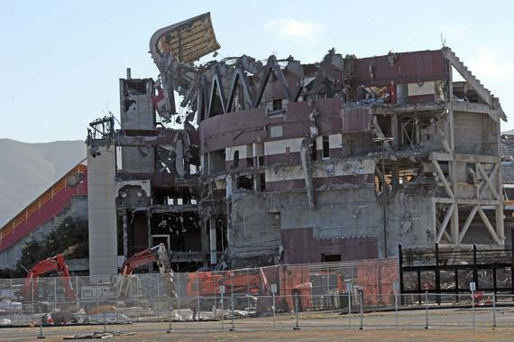 After the Giants and 49ers moved out in 2000 and 2013 respectively, Candlestick Park began to come down. ND3_5964 (Bob Busser / National Baseball Hall of Fame Library)