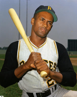 Roberto Clemente of the Pittsburgh Pirates posing with a bat. BL-689-97 (Photo File / National Baseball Hall of Fame Library)