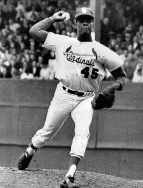 Bob Gibson won 251 games during his 17-year big league career with the St. Louis Cardinals. (National Baseball Hall of Fame and Museum)