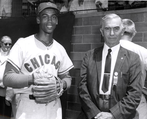 Future Hall of Famer Ernie Banks with Frank Baker, a third baseman inducted to the Hall of Fame in 1955. (National Baseball Hall of Fame Library)