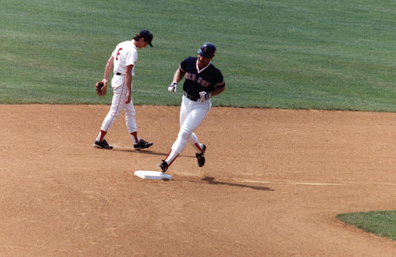 Future Hall of Famer Wade Boggs rounds second base during the Hall of Fame Game on July 24, 1989. (National Baseball Hall of Fame and Museum)