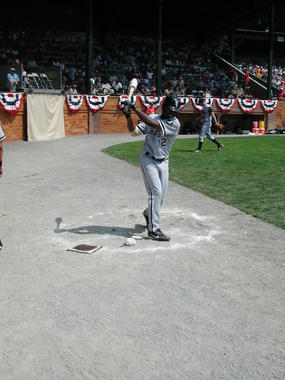 Willie Harris of the White Sox gets ready for his turn at bat in the 2002 Hall of Fame Game. (Milo Stewart Jr./National Baseball Hall of Fame and Museum)