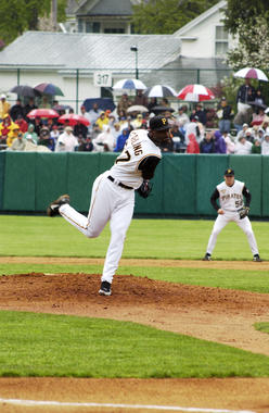 Wardell Starling, a minor league pitcher, delivers a pitch for the Pirates at the 2006 Hall of Fame Game. (Milo Stewart Jr./National Baseball Hall of Fame and Museum)