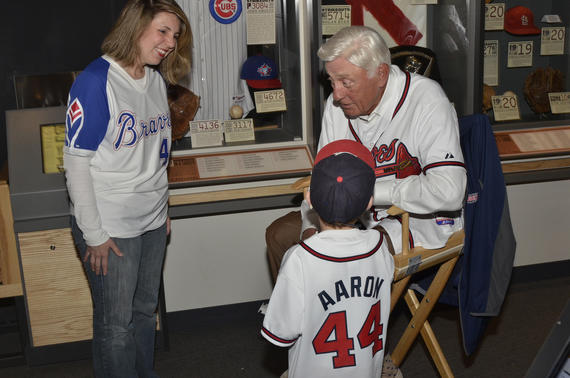 Phil Niekro shares a story with Braves fans during <em>A Night at the Museum</em> at the Hall of Fame. (Josh Szot/National Baseball Hall of Fame and Museum)