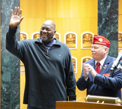 Lee Smith acknowledges the crowd at a March 29, 2019, event at the Hall of Fame honoring the 100th birthday of the American Legion. Smith played American Legion Baseball in Louisiana during the 1970s. (Milo Stewart Jr./National Baseball Hall of Fame and Museum)