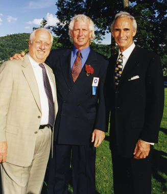 Don Sutton shares a moment with Tommy Lasorda, left, and Sandy Koufax, right, during the 1998 Hall of Fame Weekend in Cooperstown. (Jon SooHoo/Los Angeles Dodgers)