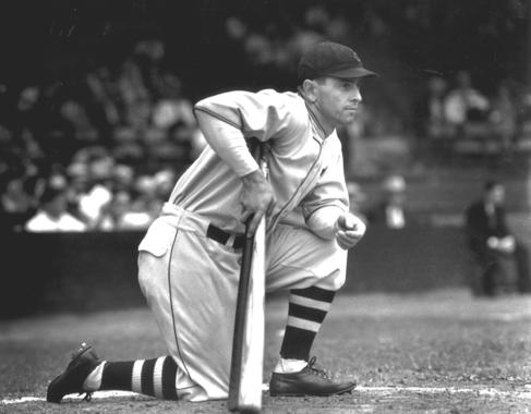 Earl Averill of the Cleveland Indians, 1931 - BL-1363-92 (Louis Van Oeyen/National Baseball Hall of Fame Library)