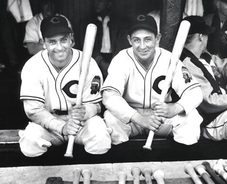 Cleveland Indians Earl Averill and Odell Hale, c.1937 - BL-1364-92  (Louis Van Oeyen/National Baseball Hall of Fame Library)