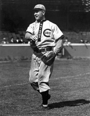 Frank Chance, Chicago Cubs, 1909 - BL-75-55 (National Baseball Hall of Fame Library)