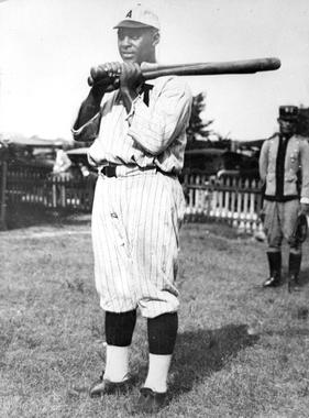 Oscar Charleston - BL-6545-76 (National Baseball Hall of Fame Library)