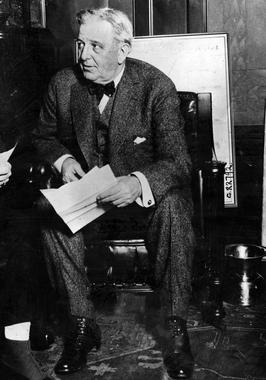 Chicago White Sox owner Charles Comiskey in his office, 1928 - BL-1475-68WTC (National Baseball Hall of Fame Library)