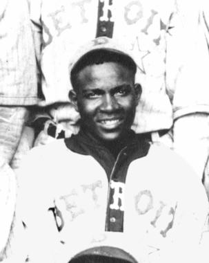 Andy Cooper, Detroit Stars, 1920 - BL-2442-89 (National Baseball Hall of Fame Library)
