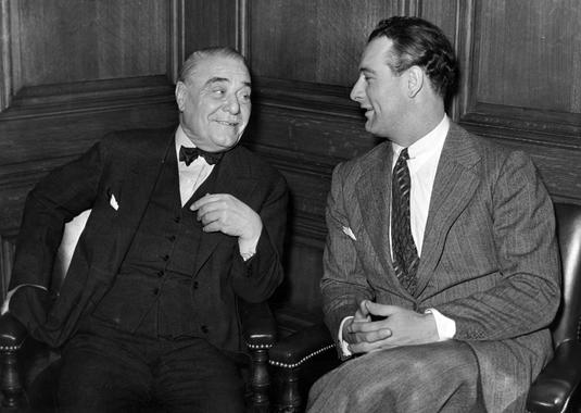 Jacob Ruppert and Lou Gehrig in discussion on Gehrig's 1938 contract - BL-1489-68WT (National Baseball Hall of Fame Library)
