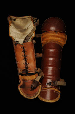 Shinguards used by Gabby Hartnett - B-49-99 (Milo Stewart Jr./National Baseball Hall of Fame Library)