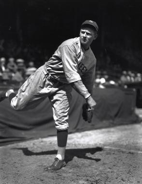 Waite Hoyt, New York Yankees, May 19, 1927- BL-1392-92 (Louis Van Oeyen/National Baseball Hall of Fame Library)
