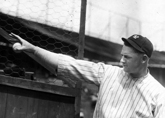 Waite Hoyt, New York Yankees - BL-408-69 (National Baseball Hall of Fame Library)