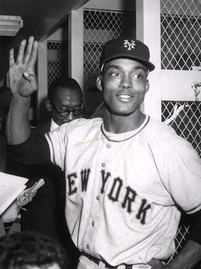 Monte Irvin, New York Giants - BL-2328-68WTr (National Baseball Hall of Fame Library)