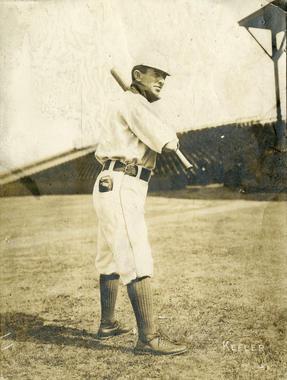 Willie Keeler, New York Highlanders, c. 1905 - BL-1502-68WTa (National Baseball Hall of Fame Library)