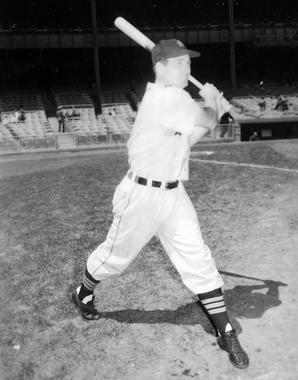 George Kell, Detroit Tigers - BL-497-83 (National Baseball Hall of Fame Library)