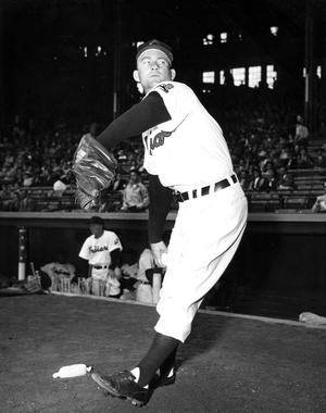 Robert Bob Lemon pitching as Cleveland Indian - BL-4256-89 (National Baseball Hall of Fame Library)
