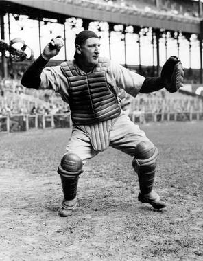 Ernie Lombardi posed and ready to throw to second - BL-6538-70 (National Baseball Hall of Fame Library)