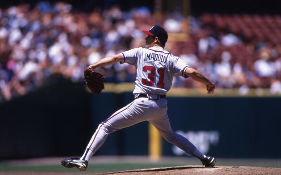 Atlanta Braves pitcher Greg Maddux pitching in game, 1995 - BL-1227 (Brad Mangin/National Baseball Hall of Fame Library)