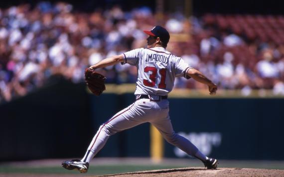 Atlanta Braves pitcher Greg Maddux pitching in game, 1995 - BL-1227 (Brad Mangin/National Baseball Hall of Fame Library)