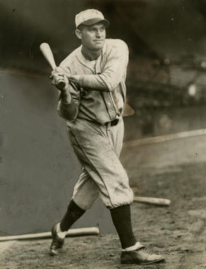 Heinie Manush batting while with the St. Louis Cardinals - BL-1509-68WTc (Charles M. Conlon/National Baseball Hall of Fame Library)