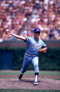 Phil Niekro pitching as Atlanta Brave, 1981 - BL-2710-2000 (Rick Pilling/National Baseball Hall of Fame Library)