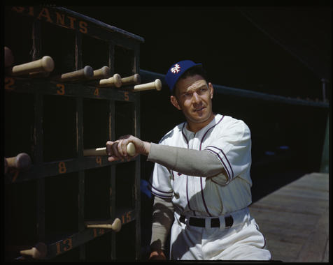 Mel Ott of the New York Giants - BL-108-57 (Look Magazine/National Baseball Hall of Fame Library)