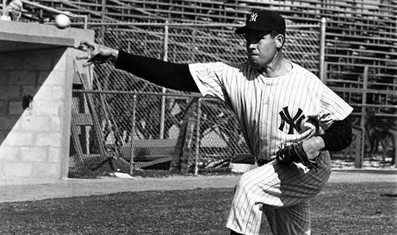 Spring training shot of New York Yankees Robin Roberts, February 22,1962 - BL-888-72a (National Baseball Hall of Fame Library)