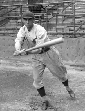 Posed batting of Edd Roush of the Cincinnati Reds - BL-1062-81 (National Baseball Hall of Fame Library)