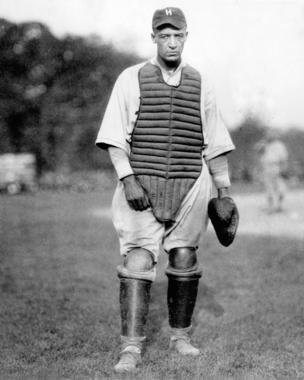 Louis Loftin Santop, catcher, Philidelphia Hilldale uniform c. 1918-1926 - BL-5802-79 (National Baseball Hall of Fame Library)