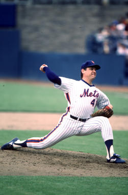 Tom Seaver of the New York Mets pitching, 1983 - BL-534-2005 (Rich Pilling/National Baseball Hall of Fame Library)