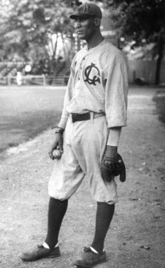 Smokey Joe Williams in a New York Lincoln Giants uniform. BL-2275.73