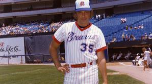 Phil Niekro - Baseball Hall of Fame biographies