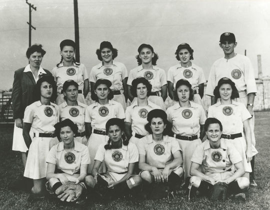 Johnny Gottselig managed the Racine Belles in 1943 and 1944. He is pictured with his 1944 squad, which featured Sophie Kurys (middle row, third from left), a legendary second baseman and base-stealer in the AAGPBL. BL-3367.98 (National Baseball Hall of Fame Library)